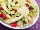 Рецепта Салата с домати, краставици, авокадо и зелена чушка